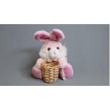 抱籃長耳兔